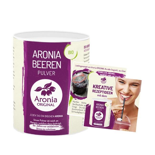 Fein vermahlene Aronia von Aronia ORIGINAL inklusive Rezeptheft im Deckel