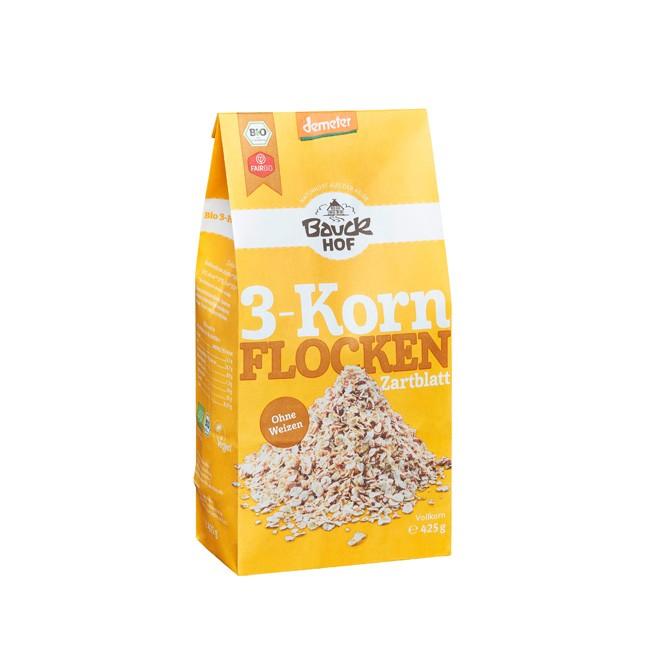 Hafer, Gerste und Dinkel das sind die 3 Korn Flocken von Bauckhof in der 500g Packung und nach Demter Richtlineien angebaut perfekt fürs Müsli oder Korn Kekse